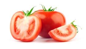 Tomate mit grünem Blatt lizenzfreies stockfoto