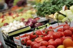 Tomate no mercado Foto de Stock Royalty Free