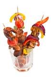 Tomate, setas y kebabs de la gamba del rey Imagenes de archivo