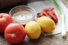 Tomate Tahini-Bestandteilleinwand Lizenzfreie Stockbilder