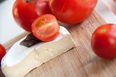 Tomate und camambert Stockfoto