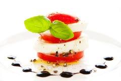 Tomate und Mozzarella Lizenzfreies Stockfoto