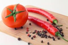 Tomate y paprika Imagen de archivo libre de regalías