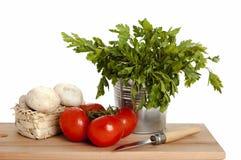 Tomaten, champignon en peterselie royalty-vrije stock afbeeldingen