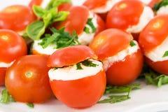Tomaten die met kaas worden gevuld Royalty-vrije Stock Fotografie