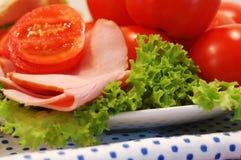 Tomaten en ham Royalty-vrije Stock Afbeeldingen