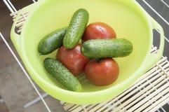 Tomaten en komkommers Royalty-vrije Stock Afbeelding
