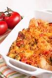 Tomate-, Huhn- und Käsekasserolle lizenzfreies stockbild