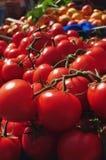 Tomaten im Markt Stockbild