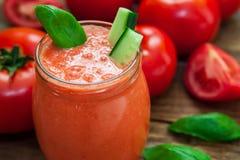 Tomaten koude soep Stock Afbeelding
