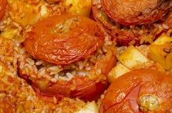 Tomaten met rijst worden gevuld die Royalty-vrije Stock Fotografie