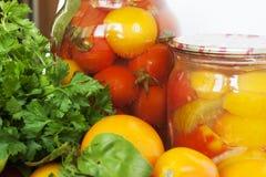 Tomaten und Erhaltung Stockfoto