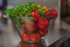 Tomaten- und Grünnahrungscollage, Lizenzfreies Stockbild