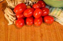 Tomaten und Pilz Lizenzfreies Stockbild