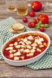 Tomatensaus met gebakken feta Royalty-vrije Stock Afbeelding