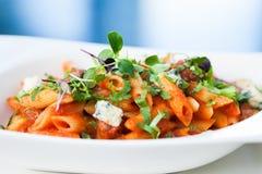 Tomatenteigwaren mit Rindfleisch Stockfotos