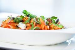 Tomatenteigwaren mit Rindfleisch Lizenzfreie Stockfotografie
