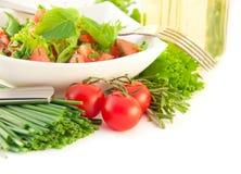 tomater för lökpepparsallad royaltyfri bild