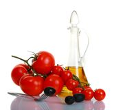 tomater för svarta olivgrön för bakgrund mogna Royaltyfri Bild