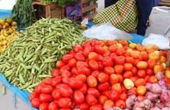 Tomater och fältärtor Arkivbilder