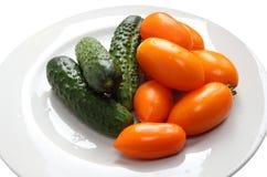 Tomater och gurkor Fotografering för Bildbyråer
