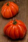 Tomates - corazón de Coeur de Boeuf-Bovino Imagen de archivo libre de regalías