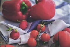 Tomates de cereja doce Fotos de Stock Royalty Free