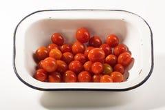 Tomates de cereja maduros imagem de stock royalty free