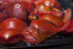 Tomates de cereza asados a la parrilla Fotos de archivo