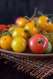 Tomates de différentes sortes et couleurs image stock