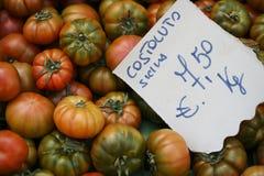 Tomates do mercado dos fazendeiros Fotos de Stock Royalty Free