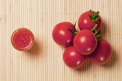 Tomates e molho Imagem de Stock