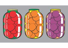 Tomates enlatados, abricós, ameixas Foto de Stock