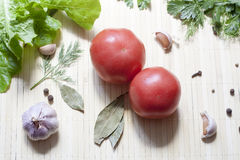 Tomates et herbes Image libre de droits