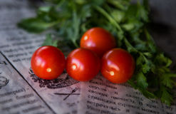 Tomates et herbes Images stock