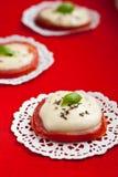 Tomates et mozzarella cuits au four Image libre de droits