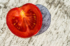 Tomates, incision Images stock
