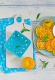 Tomates jaunes mûres et juteuses image libre de droits