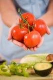 Tomates orgânicos frescos Imagens de Stock Royalty Free