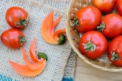 Tomates rojos maduros Imágenes de archivo libres de regalías