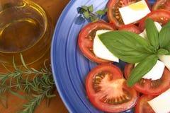 Tomates y mozarela Imagenes de archivo