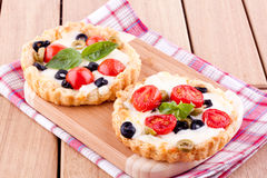 Tomato and cheese tart Royalty Free Stock Photography