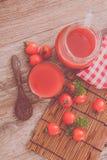 Tomato juice. Fresh tomato juice and tomatoes Stock Photography