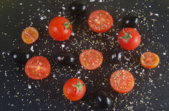 Tomato and olives. Prato com azeironas e tomate cherry Stock Photo