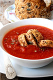 Tomatoe soup with breacrumbs soup Stock Photography