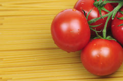 Tomatoes And Spaghetti Royalty Free Stock Images