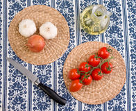 Tomatoes and garlic Royalty Free Stock Images