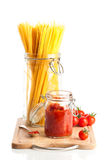 Tomatoes & Spaghetti Pasta Royalty Free Stock Photos