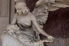Tomba del cimitero immagine stock