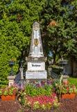 Tomba del compositore Ludwig van Beethoven in cimitero a Vienna immagini stock